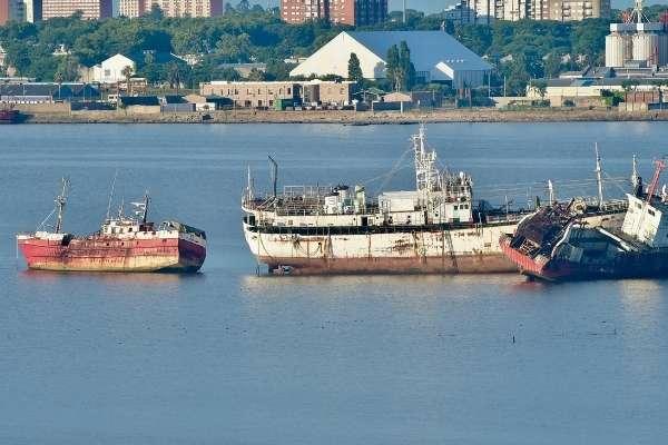 Así son los cementerios de barcos en el mundo