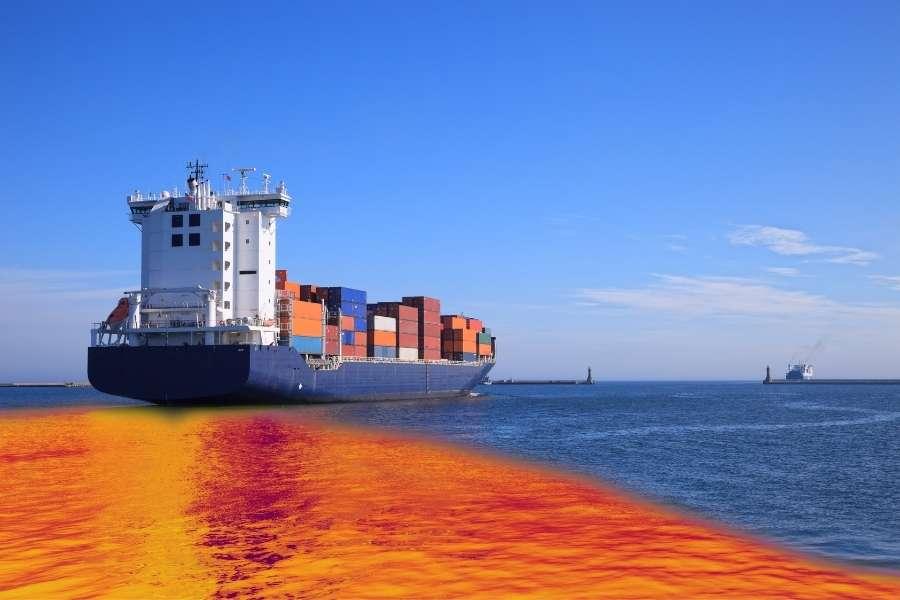 Derrame de Fuel llega a la bahía de Algeciras